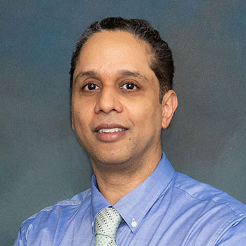 Meet Dr. Vijay Mathura - Pottstown Office